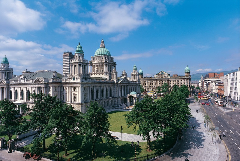 17086 Belfast City Hall